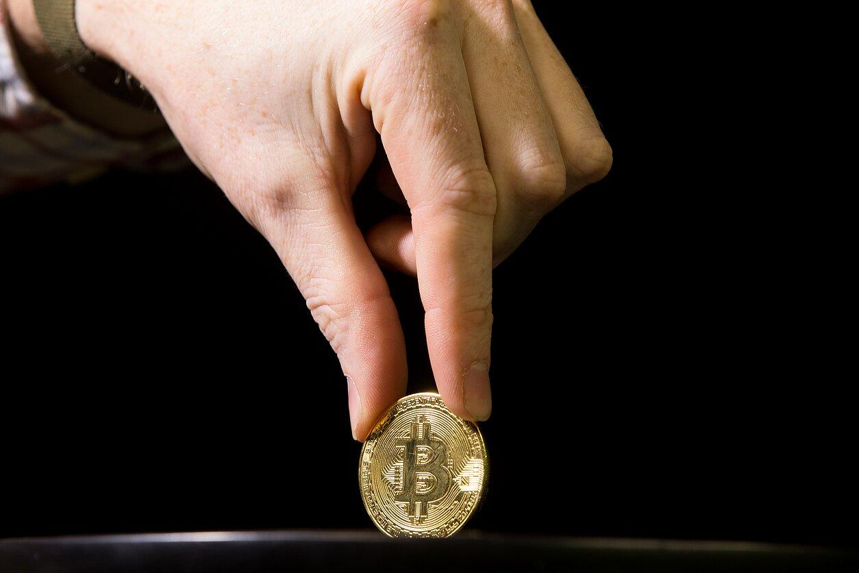 Didžiausias kriptovaliutų kasimo centras Lietuvoje 1dalis kokios dienos yra dvejetainiai variantai