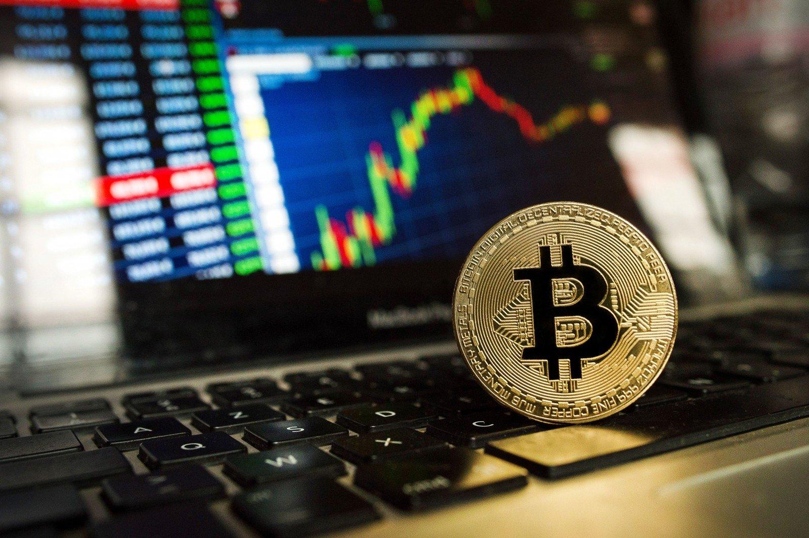 Į kurias bitkoinų investuoti