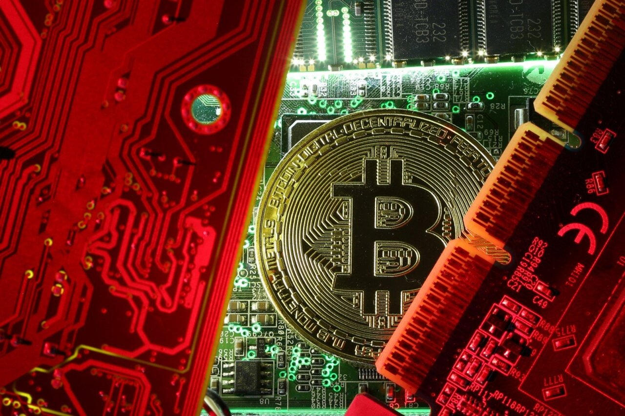 viskas įskaičiuota prekyba kriptovaliutomis