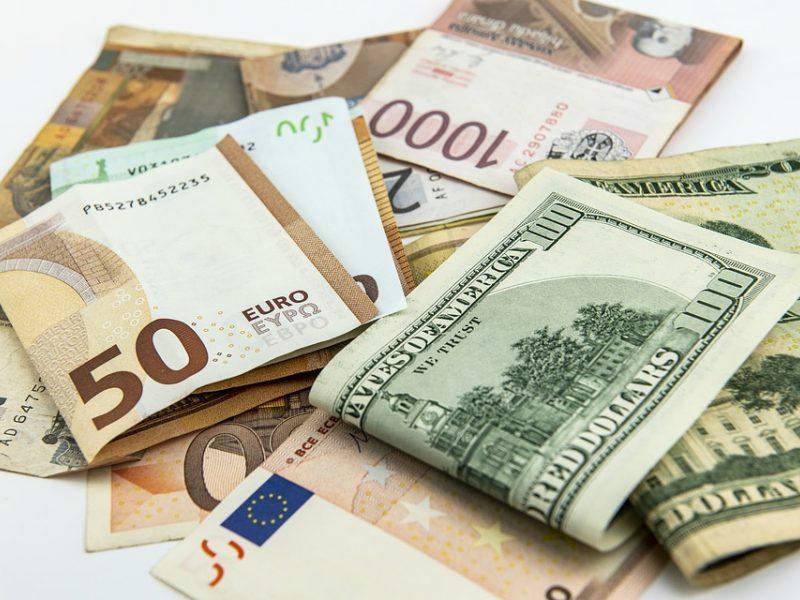 valiutos prekybos strategija spjaudytis prekybos sistema