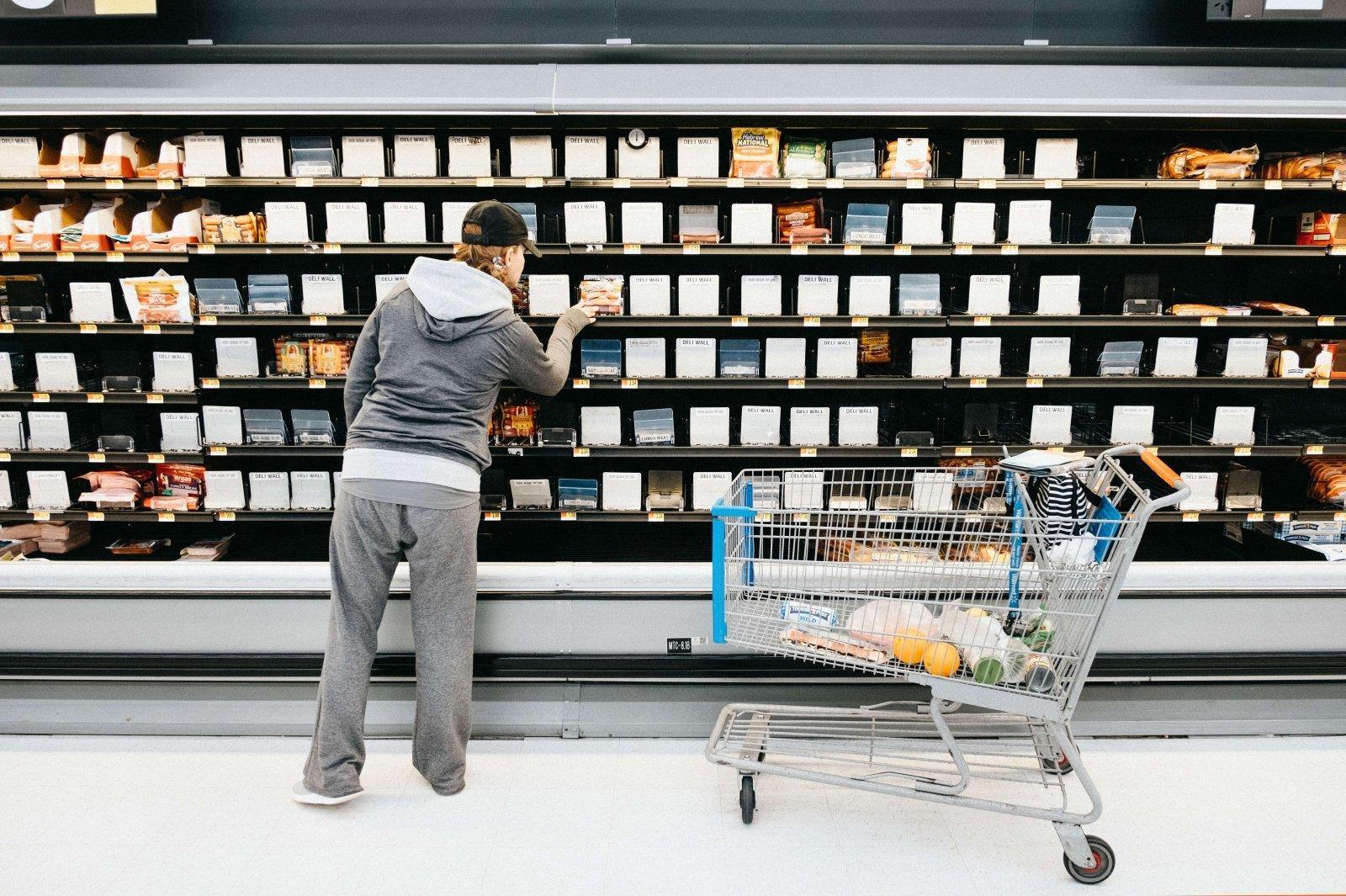 Kaip dirbs parduotuvės per šventes?