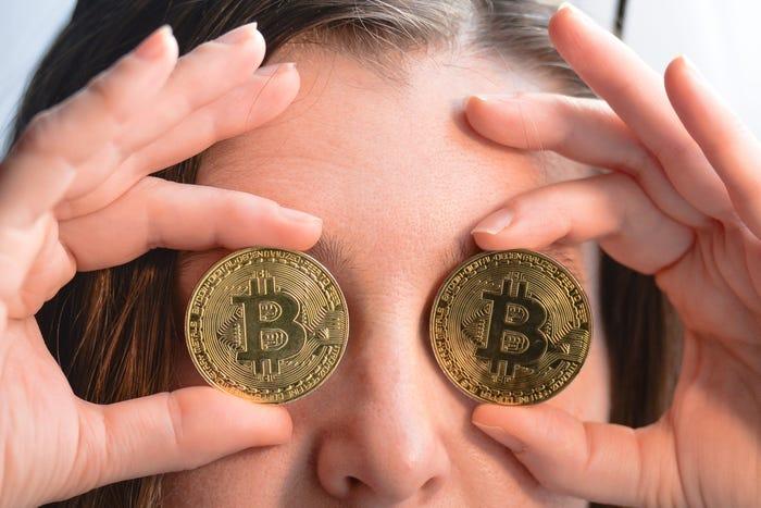 tiesioginis bitcoin)