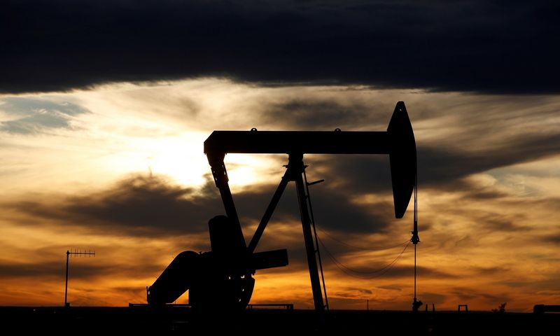 prekybos nafta strategijas)