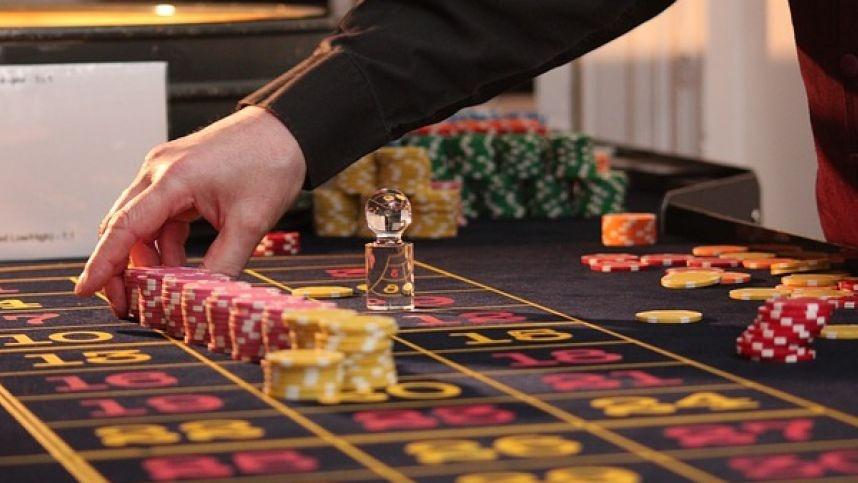 yra lošimas prekybos galimybėmis)